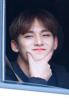 Woozi, Wonwoo, Jeonghan, Mingyu Seventeen, Seventeen Debut, Hip Hop, Kpop, Seoul, Dramas