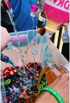 Party ideas college funny 26 ideas for 2019 - crafts - college crafts for . Bad Girl Aesthetic, Summer Aesthetic, Snacks Für Party, Party Drinks, Summer Parties, Summer Fun, Teen Pool Parties, Spring Break Party, Teenage Parties
