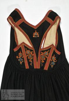 Norwegian Clothing, Beige, Embroidery, Beadwork, Embellishments, Globe, Europe, Pasta, Clothes
