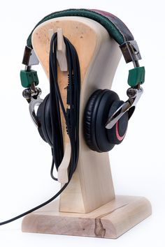 Laptop Accessories – Stand on the headphones 'IT 2' – a unique product by Meble-Autorskie-Krzysztof-Jurkowski on DaWanda