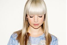 B.Traits Portraits, Glamour, Hair And Nails, Pearl Necklace, Fashion Photography, Chokers, Hair Color, Hair Beauty, People