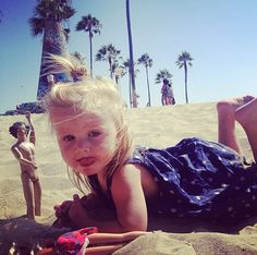 But the Harry doll hahha. And holy crap when did lux turn into a little actual human instead of a baby! She's so big now!