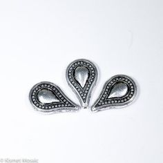BD130 - Antique Silver Teardrop Beads