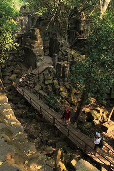 Cambodia - Walkway, Beng Mealea Temple, Siem Reap