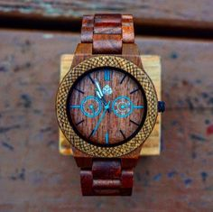 The Juglan Nut, 100% natural recycled Walnut Mens Wood watch #Leafwood #WoodWatch