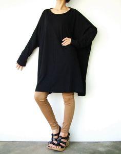 NO.62 Black Cotton Jersey Oversized TShirt por JoozieCotton  31,61€