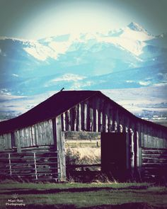 Montana Bozeman Barn