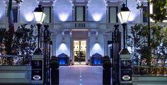 Eine der renommiertesten italienischen Städte für Thermalbäder ist Montecatini Terme in der Provinz Pistoria, gelegen in der zentralen italienischen Region der Toskana  Verbringe 2 bis 7 Nächte im 5-Sterne Hotel Montecatini Palace. Im Preis ab 219.-  sind das Frühstück und der Flug inbegriffen.  Hier geht es zu dem Ferien Angebot: https://www.ich-brauche-ferien.ch/ferien-deal-toskana-mit-hotel-und-flug-fuer-219/