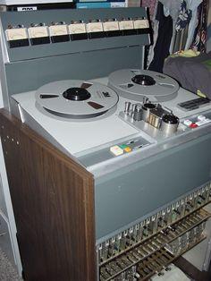 Studer - Remix Numérisation - www.remix-numerisation.fr - Rendez vos souvenirs durables ! - Sauvegarde - Transfert - Copie - Digitalisation - Restauration de bande magnétique Audio - MiniDisc - Cassette Audio et Cassette VHS - VHSC - SVHSC - Video8 - Hi8 - Digital8 - MiniDv - Laserdisc - Bobine fil d'acier - Micro-cassette - Digitalisation audio - Elcaset