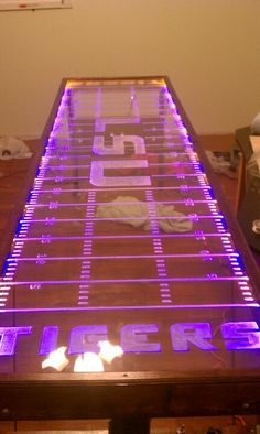 Edge lit, led,  light organ, beer pong table, custom built, pics arent enough Led Beer Pong Table, Custom Beer Pong Tables, Alcoholic Drinks Games, Hey Bartender, Beer Caps, Cool Tables, Recreational Activities, Drinking Games, Diy Wood Projects