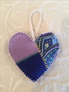 Felt crafts, felt ornament, Valentine, heart, made by Janis