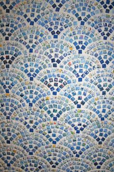 Amazing blue and white mosaic tile quilt