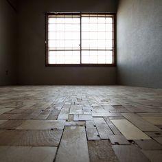 end grain flooring  | Rue du chat qui Pêche | Where design meets motherhood | www.rueduchatquipeche.blogspot.com