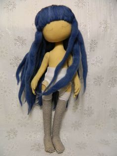 patterns and tutorials here for lots of lovely dolls. FREE