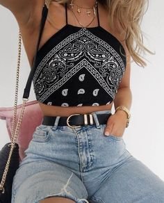 10 Cute Crop Tops You Need For Summer. Source by 10 Cute Crop Tops You Need For Summer. Source by outfits summer Teen Fashion Outfits, Mode Outfits, Look Fashion, Stylish Outfits, Winter Fashion, Fashion Coat, Fashion Dresses, 80s Fashion, Ladies Fashion