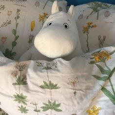 why doed my stomsch growl so loud in claas it sounds like im dying and its si fuckinh emnarassing Moomin Valley, Indie, Art Hoe, White Aesthetic, Looks Cool, Plushies, Aesthetic Pictures, Cartoon, Cool Stuff