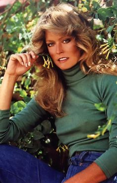 70s Hair, Goldie Hawn, Farrah Fawcett, Red Swimsuit, Head & Shoulders, Hollywood Star, 70s Fashion, Prom Hair, American Actress