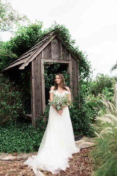 Bridal Bouquet by Julie Miner Events-Wedding Dress by LA Bridal Boutique-Rockledge Gardens Inspiration Shoot-Photo: Harmony Lynn Photography-Central Florida Wedding Blog-Orange Blossom Bride-www.orangeblossombride.com