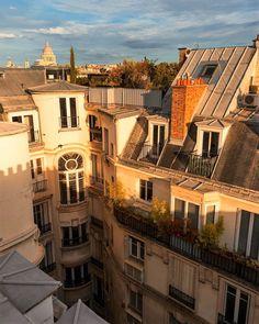Paris 3, Paris France, City Aesthetic, Travel Aesthetic, City Vibe, Living In Europe, Dream Apartment, London Apartment, Aesthetic Pictures