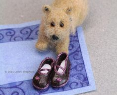 Make Mary Janes for a Doll: Make Doll Shoes With Custom Fitted Shoe Patterns for Any Size or Shape of Doll