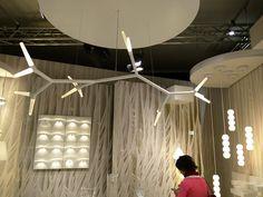 """""""Organische Formen werden minimalisiert und futuristisch in Szene gesetzt."""""""