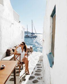 Friday in Mykonos