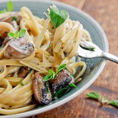 Linguini with Garlic & Mushrooms: make with whole grain pasta:)