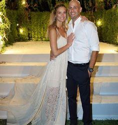 Bar Refaeli sposa Adri Ezra in un matrimonio boho chic che si è celebrato il 24 settembre nel lussuoso Beresheet di Israele.