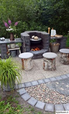 Grillipaikka edullisesti Relaxing Outdoor Kitchen Ideas for Happy Cooking & Live ., Grillipaikka edullisesti Relaxing Outdoor Kitchen Ideas for Happy Cooking & Lively Party When age-old throughout strategy, a pergola may be enduring. Pergola Patio, Backyard Patio, Backyard Landscaping, Backyard Ideas, Backyard Seating, Patio Ideas, Garden Bbq Ideas, Rustic Backyard, Small Pergola