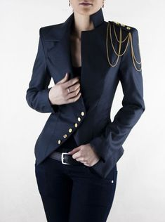 Love military style jackets; must have! #Women'sFashion