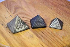 Vintage Brass Egyptian Pyramids Set of 3 Stackable Home Office Desk Paperweights