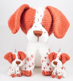 "Gallimelmas e Imaginancias: Regalos perrunos (I) ""Beauty and Things (Вязаная игрушка, амигуруми)"" Crochet Amigurumi, Amigurumi Doll, Amigurumi Patterns, Crochet Patterns, Cute Crochet, Crochet Crafts, Yarn Crafts, Knit Crochet, Knitted Dolls"