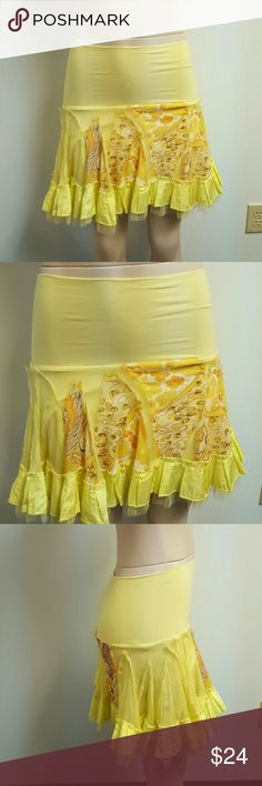 NWOT ARIELLA designer yellow skirt embroidered. NWOT ARIELLA designer boutique yellow skirt with accents and trims. Adorable on!!! Wonderful fit and look!! Ariella Skirts Mini