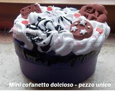 Small jewel box, decorated with polymer clay and silicone by moonlightcreazioni. Explore more products on http://moonlightcreazioni.etsy.com