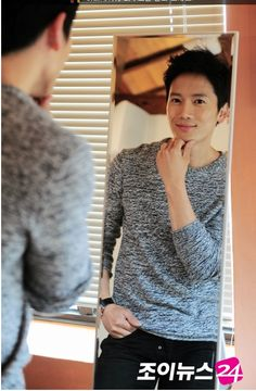 Lee Bo Young, Ji Song, The Iron King, Dramas, Seo Ji Hye, Korean Photo, Handsome Asian Men, Hallyu Star, Korean Actors