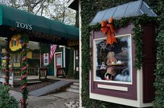 Christmas in Old Town Spring — Searching for Texas Old Town Spring, Fun Places To Go, Texas Travel, Time Of The Year, Searching, Blog, Christmas, Texas, Xmas