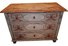 Painted Chest - love this for spare room