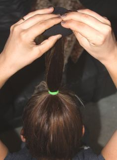 how to use a sock to make your hair look natural curly