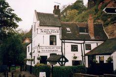 Klassiska pubar med en hundraårig historia | VisitBritain