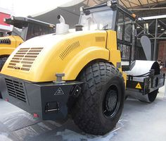 Pictures of LTS618H/LTS620H/LTS622H: hydraulic rear wheel driven, 18 ton, 20 ton & 22 ton hydraulic vibratory road roller ( CE ) | Vibratory Roller | Road Construction, single drum vibratory roller, Photo, Image