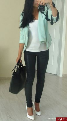 Turquoise blazer, white tank top, leather pants, and white pointed toe heels! Now that's simple and sexy!