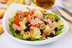 http://hochu.ua/cat-house/cook/retsepty/article-28473-kak-prigotovit-pastu-salat/