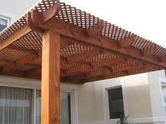 resultado de imagen para rejillas de madera para jardin
