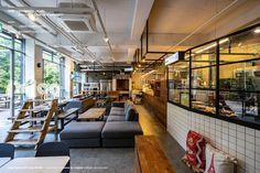 카페인테리어,MODERN INTERIOR,INDUSTRIAL INTERIOR,투시도,3d도면 modern interior,cafeinterior,woodcafe,whitetilecafe,witetileinterior,neonsign,interior Slide Images, Design