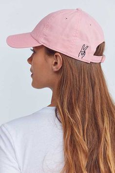 Shop Hand Sign Embroidered Baseball Hat at Urban Outfitters today. We carry all the latest styles, colors and brands for you to choose from right here. Embroidered Baseball Caps, Embroidered Hats, Bone Bordado, Urban Outfitters, Foto Blog, Cute Hats, Cute Baseball Hats, Baseball Sayings, Baseball Cup