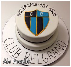 Aniversario de 103 años con escudo