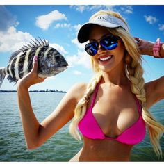 Fishing is fun and interesting, especially sea fishing, #fishinggirl #seafishing #fishinglife #seafish