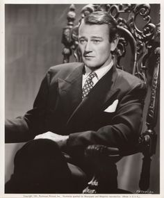 Image about john wayne in Pretty Things from Film, TV, Books, and the Stage by Z Hollywood Men, Golden Age Of Hollywood, Vintage Hollywood, Hollywood Stars, Classic Hollywood, John Wayne Quotes, John Wayne Movies, Classic Movie Stars, Classic Films