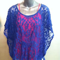 This lace top we also have in black!