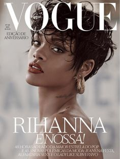 Rihanna has graced the cover of many notable magazines. Which cover is her sexie… Rihanna has graced the cover of many notable magazines. Which cover is her sexiest? Vogue Magazine Covers, Magazine Cover Design, Vogue Covers, Estilo Rihanna, Rihanna Style, Vogue Editorial, Editorial Fashion, Rihanna Vogue, What Is Fashion Designing